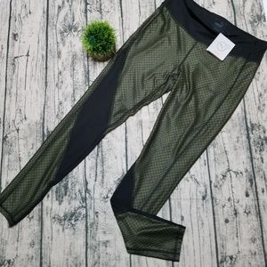 Puma Athletic Tights, Large, Black and Olive